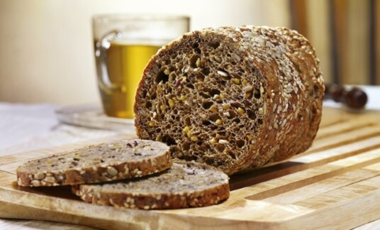 protein bread with high share of protein for optimum mass gain
