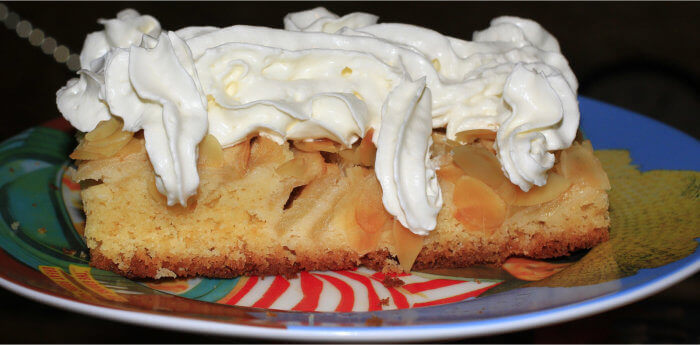 Apple Cake by Granny